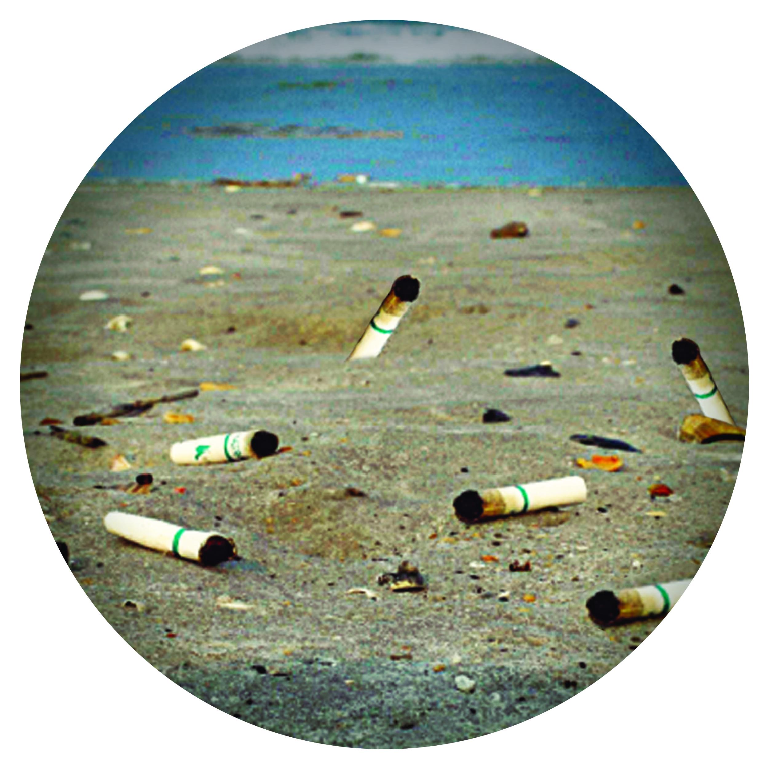 Una colilla contiene 43 sustancias cancerígenas que contaminan 50 litros de agua.